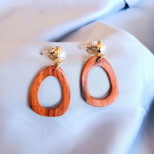 New Pearl Earrings Dangling Wood Piece from Korea